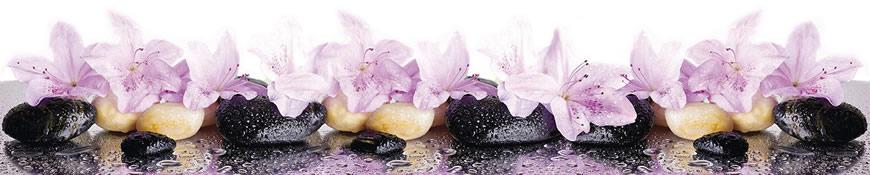 Кухонный фартук АБС Цветы на камнях